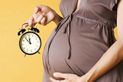 Беременность и роды в возрасте 30+ — что ждет мамочек и их детей?